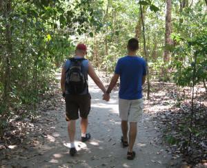 Costa Rica trip planner - couple_manuelantonio