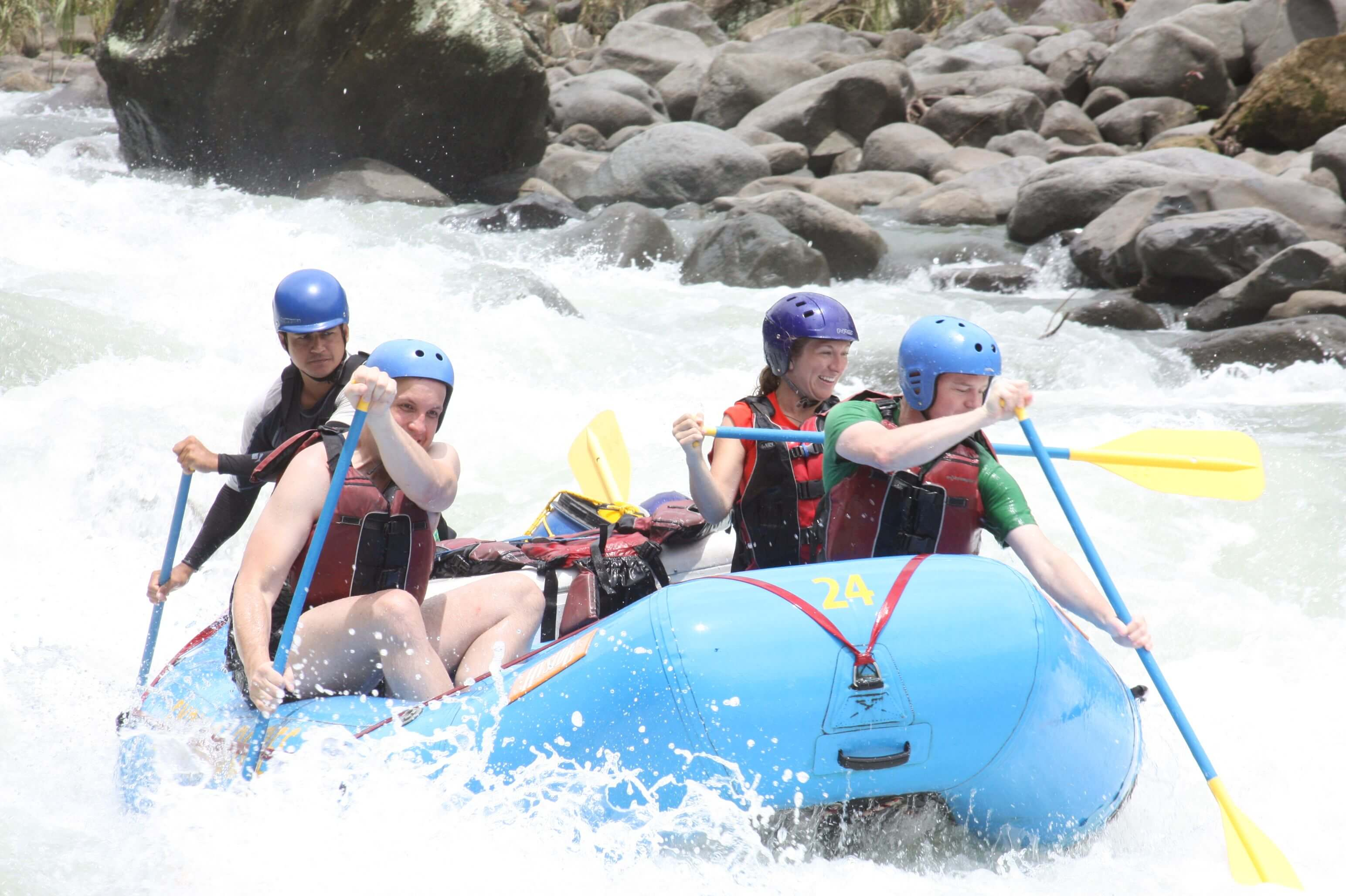 white water rafting in tortugero